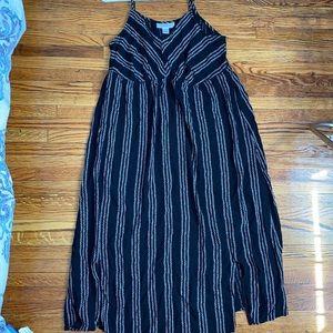 Motherhood Maternity summer dress